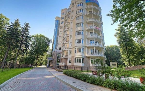 Староволынская ул. 12 ПРОДАЖА квартиры
